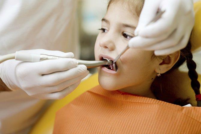 Comienzo temprano de buenos hábitos de salud oral