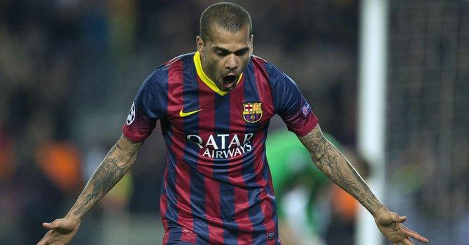 Dani Alves quiere seguir en el Barcelona  ddb8839f7a8