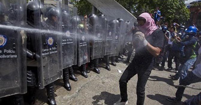 "Diputada opositora: ""En Venezuela hay dictadura"""