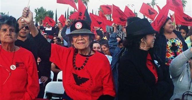 "Mil campesinos se reúnen para ver ""César Chávez"""