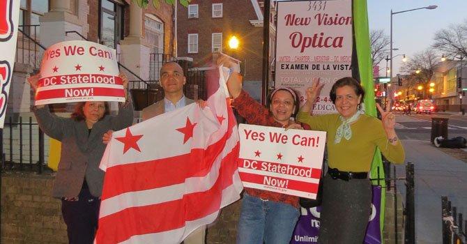 Latinos hacen historia en elecciones primarias en DC
