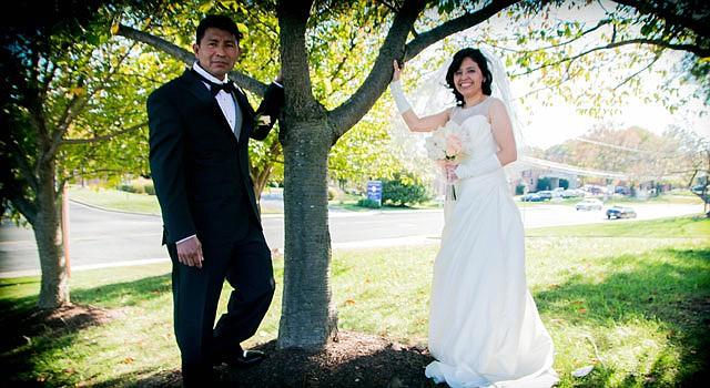 BODA. El amor de José Arnoldo y María Luisa fue bendecido por la iglesia cristiana de Columbia Heights en la que se conocieron.