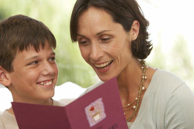 5 cosas que debes saber sobre aprender idiomas para criar a tu hijo bilingüe