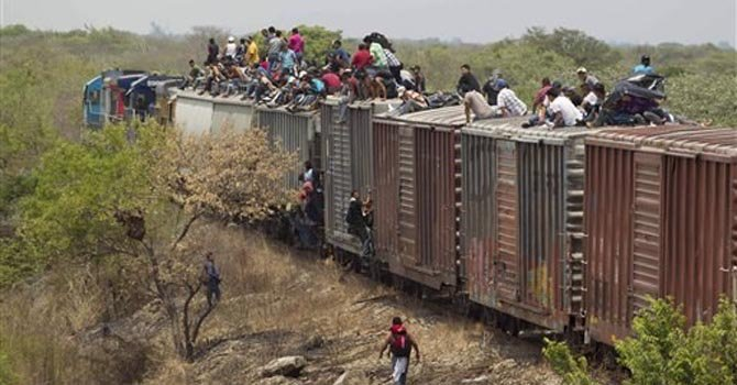 """La serie """"Borderland"""" muestra el drama migrante"""