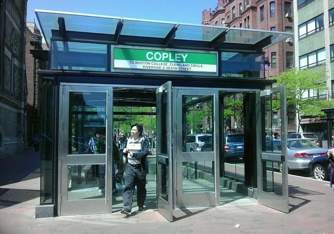 Horario de la MBTA y calles cerradas el día del maratón de Boston