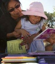 En el 30 anual Children's Book Party en el Parque Balboa el sábado 26 de abril cada niño recibirá dos libros gratis.  Cortesía.