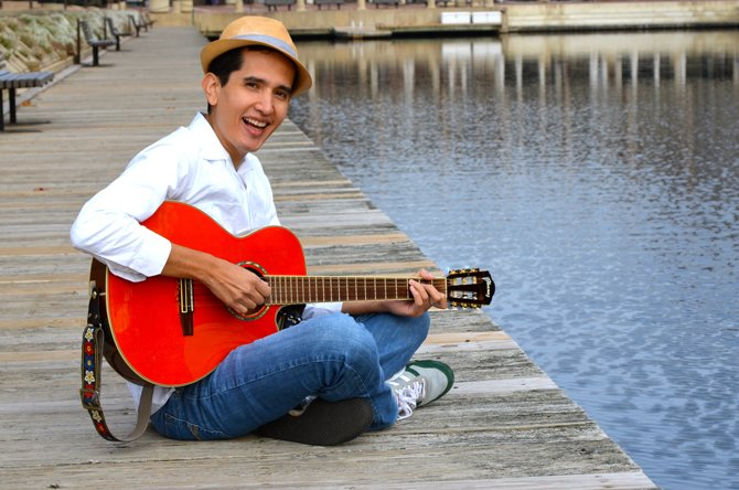Andrés Salguero presentará su primer álbum Uno, Dos, Tres con Andrés en un concierto con músicos latinoamericanos el sábado 3 de mayo en Alexandria, VA.