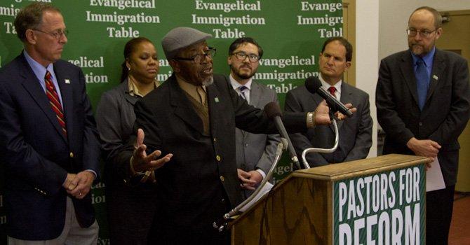 Pastores presionan a Congreso por reforma migratoria