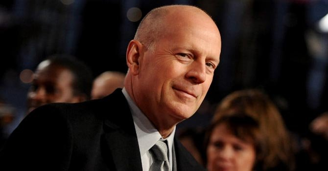 Bruce Willis es papá por quinta vez