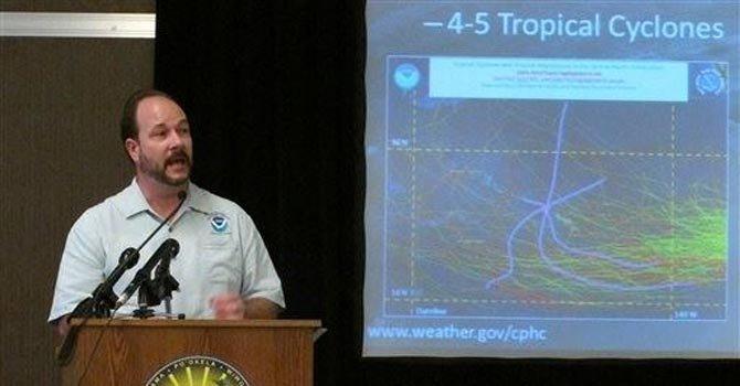 Pronostican menos huracanes esta temporada