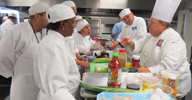 Chefs revelan secretos de la cocina