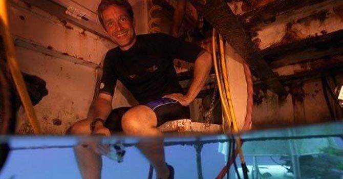 Nieto de Jacques Cousteau en misión submarina