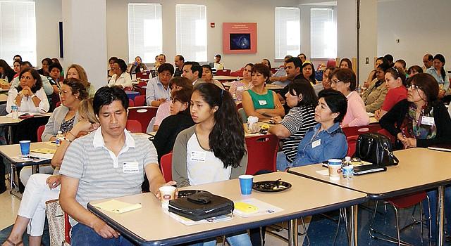 CAPACITACIÓN. Más de 100 personas se dieron cita en Rockville, Maryland, en el XI Seminario de Negocios.