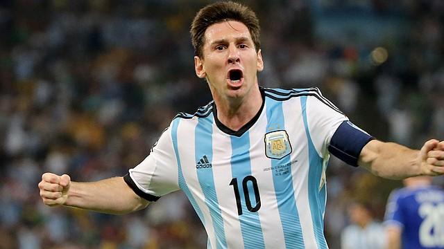 Lionel Messi de Argentina celebra luego de marcar su gol en el partido ante Bosnia y Herzegovina en el estadio Maracaná de Río de Janeiro, Brasil, el 15 de Junio de 2014.