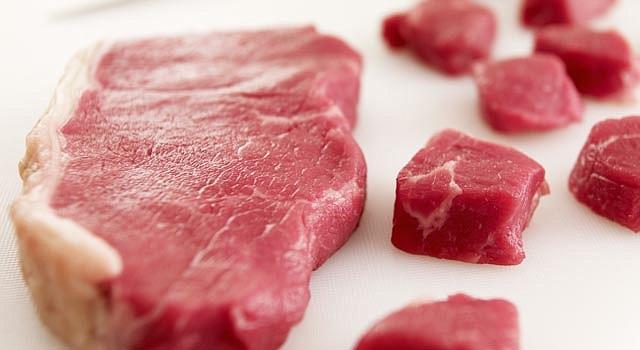 Los médicos han advertido desde hace mucho que la dieta rica en carne roja está vinculada con varios tipos de cáncer, como del colon y del páncreas, pero en el caso del cáncer de seno ha habido menos pruebas.