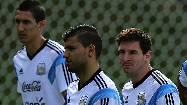 Los jugadores de la selección argentina, Ángel Di María, Sergio Agüero y Lionel Messi podrían estar en el partido amistoso contra El Salvador en Landover, Maryland.