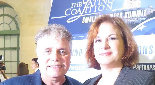 PARTICIPACIÓN. Jaime Estremera-Fitzgerard y Margaret Pulles asistieron a un foro reciente del grupo empresarial Latino Coalition.