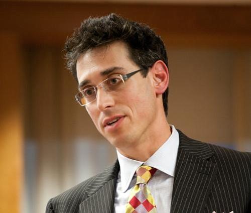 Evan Falchuk del partido United Independent entrará en la papeleta electoral para la gobernación de Mass.