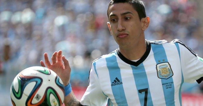 Ángel di María mete a Argentina en cuartos