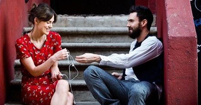 "Adam Levine debuta como actor en ""Begin Again"""