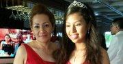 Dilma Reyes y su hija Dilma Jacqueline Mejía Reyes durante la celebración de la fiesta de Quinceañera en el barco Nina's Dandy en el río Potomac, el domingo 25 de mayo de 2014.