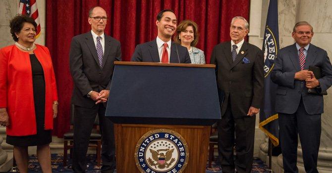 CHCI homenajea al liderazgo político hispano en el Gobierno