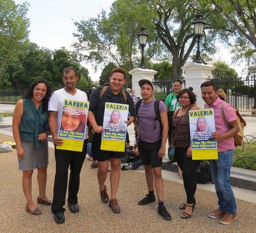 Comunidad LGBT pide más inclusión en tema de inmigración