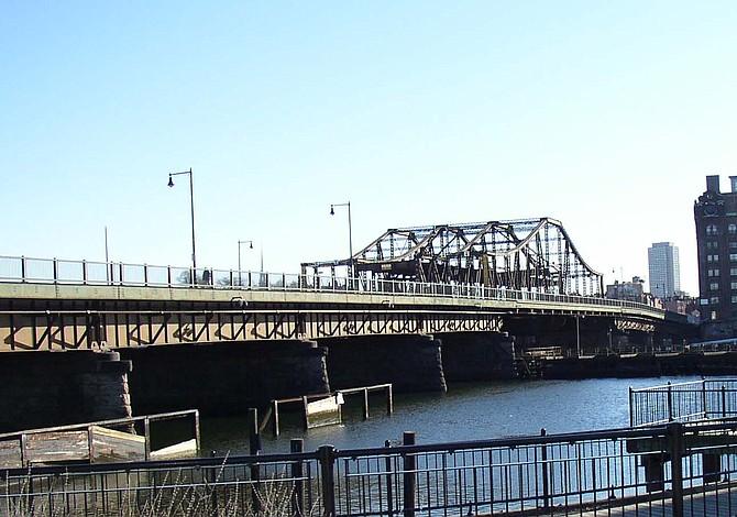 Es probable que remodelen el puente entre Charlestown y North End