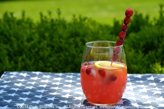 Receta de Cóctel para Verano con Arándano y Limón