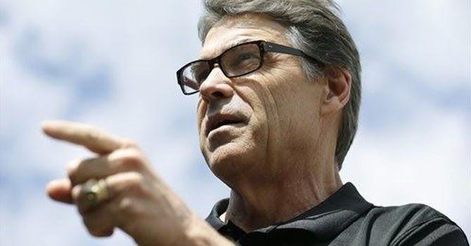 """Perry: """"guardia en la frontera protege a EE.UU."""""""