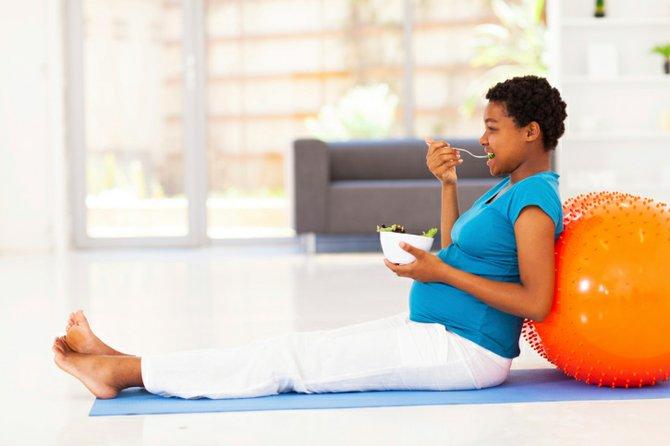 Los 10 imprescindibles de una mujer embarazada