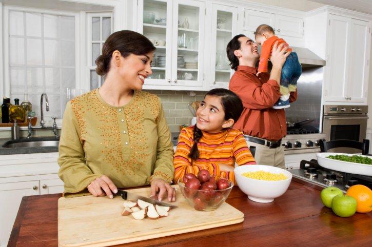 Aprender cocinando el espa ol en la cocina estilo de for Cocinar en 5 minutos