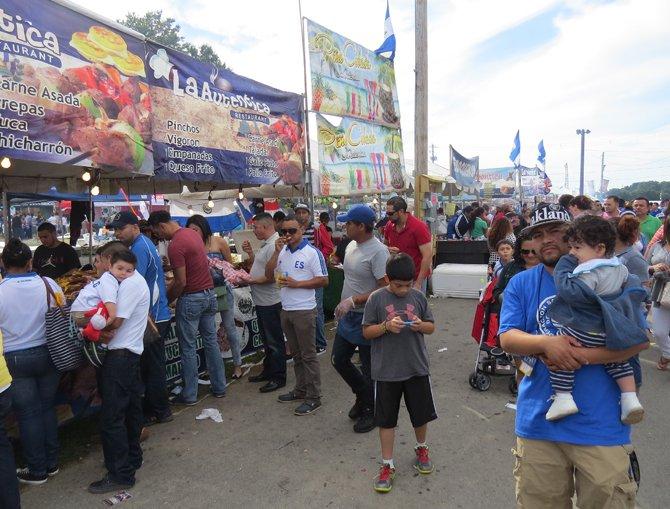 La comida típica no podía faltar en el festival Salvadoreñísimo en Md el domingo 14 de septiembre.