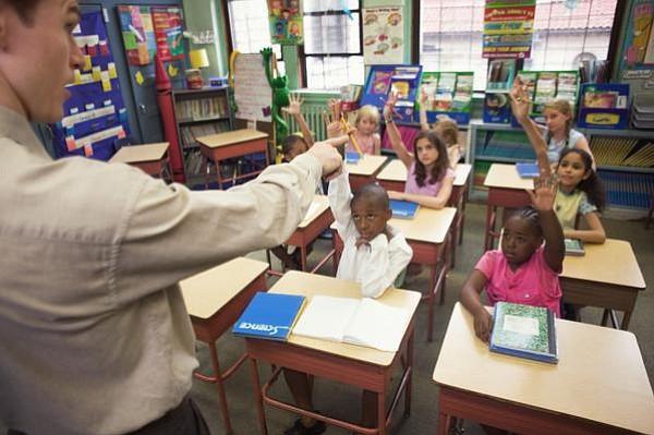 EE.UU.: En las escuelas, los emigrantes son más que los estudiantes blancos