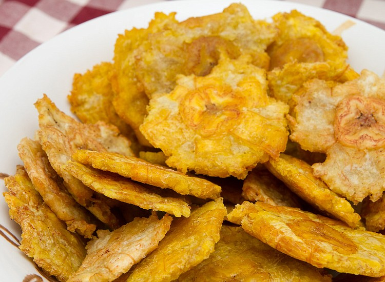 C mo preparar unos buenos patacones o tostones fritos for Comidas sin cocinar