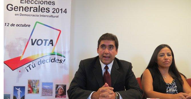 Instan a bolivianos del exterior a votar en elecciones de su país