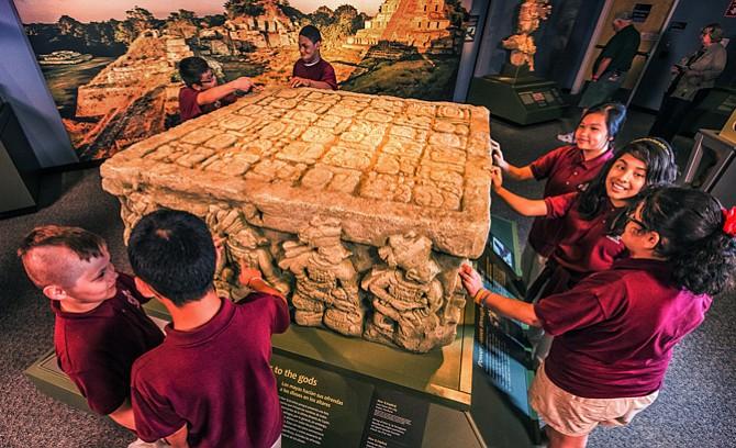 Los secretos de la civilización Maya llegan al Museo de Ciencias de Boston