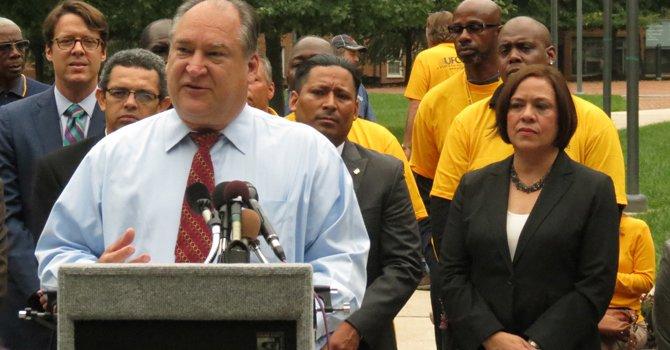 Aumenta salario mínimo en el Condado de Montgomery