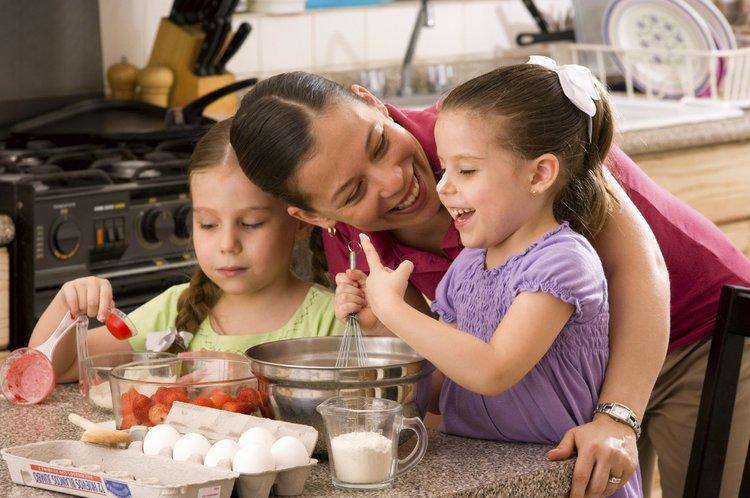 Aprender cocinando el espa ol en la cocina el sol for Cocinando con sergio en la1