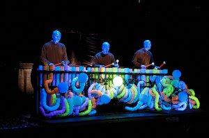 """""""Blue Man Group"""" ofrece una experiencia inolvidable, en San Diego"""