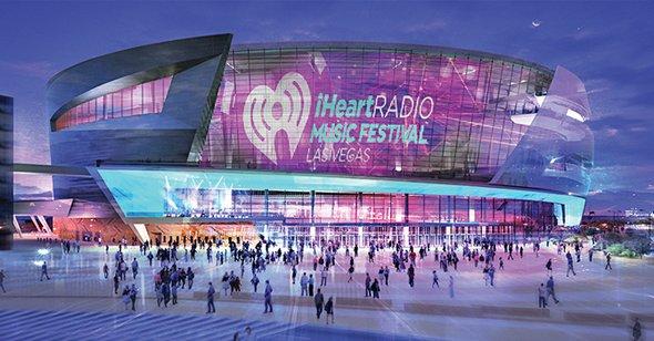 Ya está en construcción Las Vegas ARENA, un estadio multiuso disponible para albergar los equipos de la NBA y la NHL, conciertos, boxeo, artes marciales mixtas, ceremonias de premios y otros eventos importantes. (mgmresorts.com)