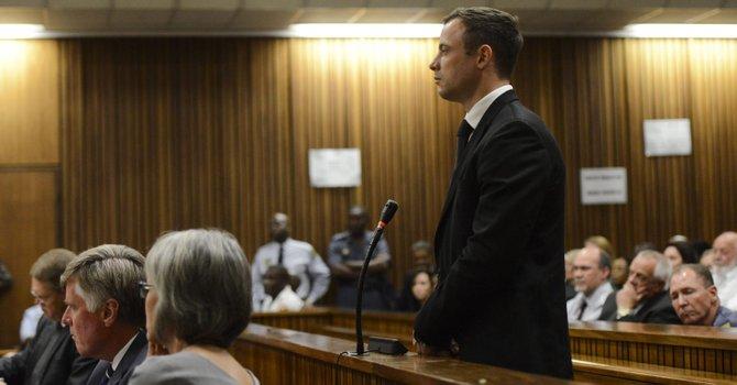 Pistorius: 5 años de cárcel por asesinato