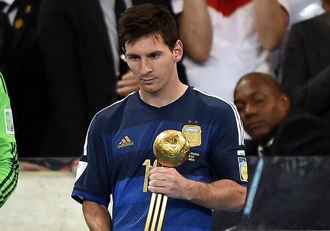 """Presidente de FIFA, Joseph Blatter: """"Fue un error darle el Balón de Oro del mundial a Messi"""""""