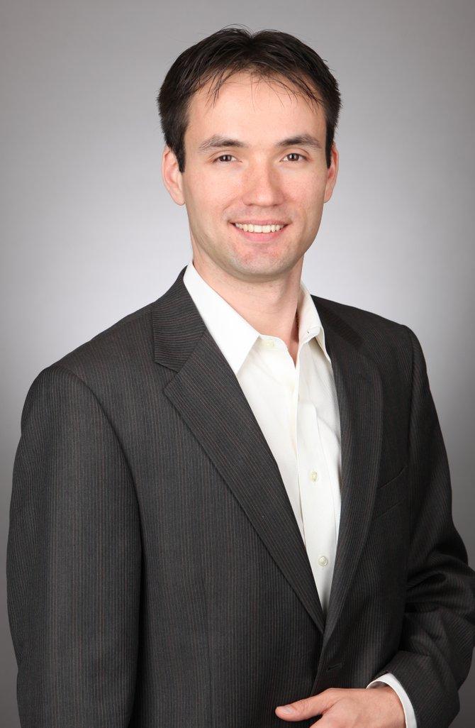 Robert Sarvis, el tercer candidato. Era republicano pero ahora es libertario.