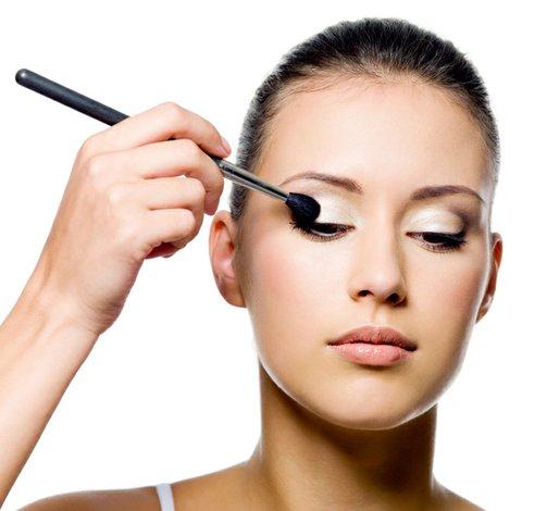Maquillaje de ojos para entrevistas de trabajo
