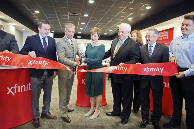 Comcast inaugura la primera tienda Xfinity en Philly
