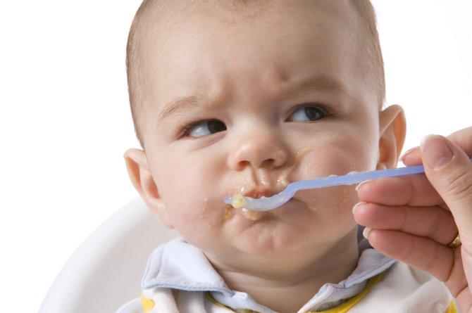 10 pasos para enseñarle a comer bien a tus niños