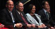 CONCEJALES. De izq. a der. Los Concejales Tom Hucker, Sidney Katz, Nancy Navarro, y Hans Riemer el 1 de diciembre de 2014 en Montgomery.