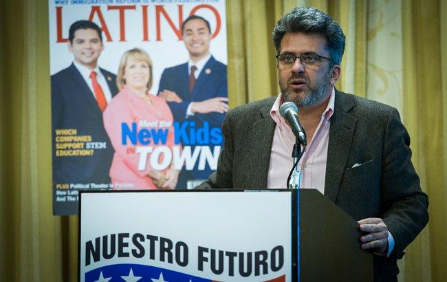 """""""Nuestro Futuro"""": los hispanos y la educación"""