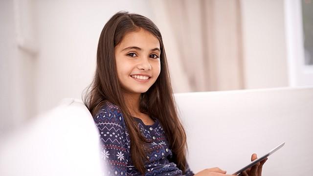 Gracias a la tecnología, es más fácil despertar la curiosidad, la atención y el entusiasmo tanto de niños y adolescentes como de los adultos. Aquí les presento las técnicas que mejor resultado me dan en las aulas y fuera de ellas.